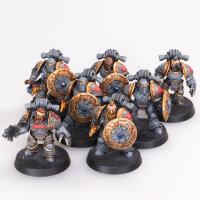 Space Wolves - 7 Legion Grey Slayers - gut bemalt