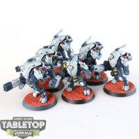 Tau Empire - 6 XV25 Stealth Battlesuits - gut bemalt