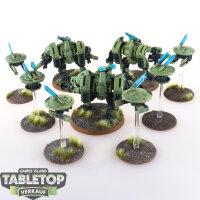 Tau Empire - XV8 Crisis Battlesuit Team (3 Battlesuits...